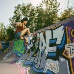 Jen skateboarding a California pool